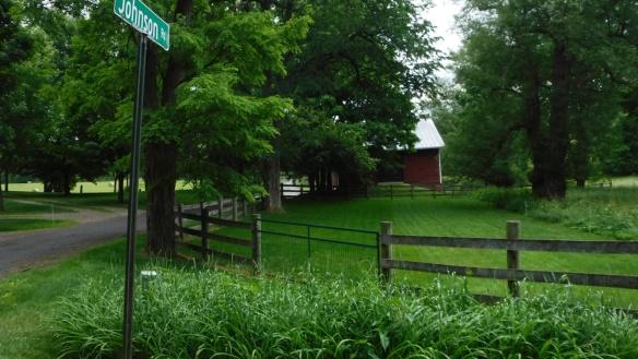 A pretty barn on the road past Kinderhook