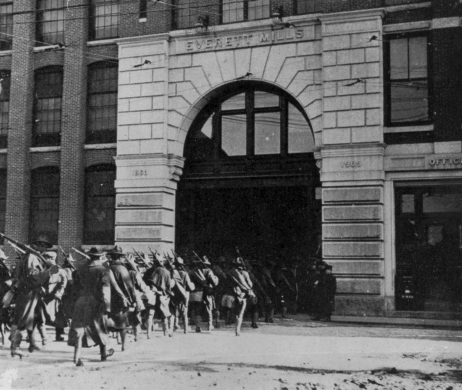 Massachusetts militia entering Everett Mills in Lawrence, Massachusetts in 1912. Photo copyrighted by the Lawrence History Center.